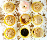 Muffins with apple, cloves and cinnamon. On white Stock Photography