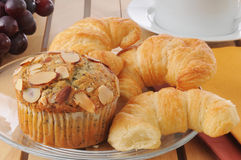 Muffins and croissants Royalty Free Stock Photography