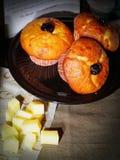 Muffins en ingrediënten Stock Afbeeldingen