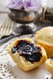 Muffins filled with blueberry and blackberry jam Royalty Free Stock Images