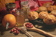 Muffins with fresh cranberries on table Royalty Free Stock Photography