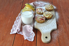 Muffins with a glass of milk Royalty Free Stock Photos