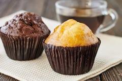 Muffins i filiżanka herbata Obraz Stock