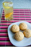 Muffins&Lemonade Royalty Free Stock Photos