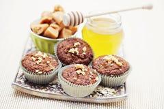Muffins met banaan en toffee Stock Foto