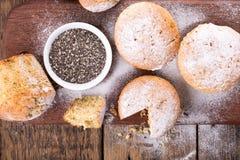 Muffins met chiazaden stock foto's