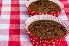Muffins met chocolade en sinaasappel Royalty-vrije Stock Foto's