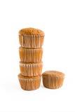 Muffins met het knippen van weg Stock Afbeeldingen