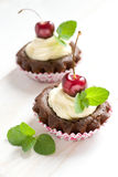 Muffins met kers Royalty-vrije Stock Foto's