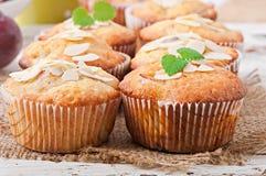 Muffins met pruimen Royalty-vrije Stock Fotografie