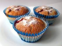 Muffins mit Beeren Stockfotografie