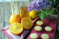 Muffins mit Frucht Lizenzfreie Stockbilder