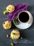 Muffins mit Trauben Stockfoto