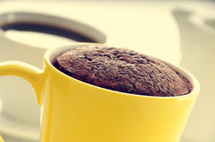 Mug cake and coffee Stock Images