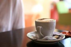 Mug of cappuccino Royalty Free Stock Images
