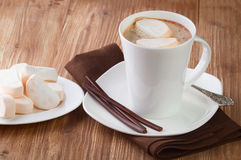 Mug of hot chocolate with marshmallows Royalty Free Stock Images