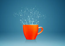Mug with water splashes Royalty Free Stock Photo