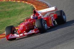 MUGELLO, IT, 2007年11月:未知数遇到与现代法拉利F1在Finali Mondiali法拉利期间2007年在它的mugello电路 库存照片