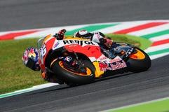 MUGELLO -意大利, 5月29日:西班牙人本田车手在2015年意大利的蒂姆的Dani Pedrosa MotoGP Mugello电路的 免版税库存照片