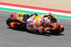 MUGELLO -意大利, 5月29日:西班牙人本田车手在2015年意大利的蒂姆的Dani Pedrosa MotoGP Mugello电路的 免版税图库摄影