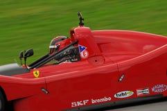 MUGELLO, IT im November 2013 Unbekanntes laufen mit Ferrari 333SP in den Mugello-Stromkreis während Finali Mondiali Ferrari 2013  Stockbilder