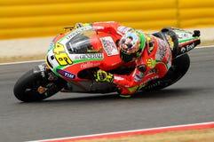 MUGELLO - ITÁLIA, O 13 DE JULHO: Cavaleiro Valentino Rossi de Ducati do italiano durante GP 2012 de TIM MotoGP de Itália o 13 de  Imagens de Stock