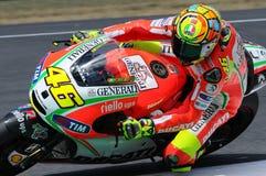 MUGELLO - ITÁLIA, O 13 DE JULHO: Cavaleiro Valentino Rossi de Ducati do italiano durante GP 2012 de TIM MotoGP de Itália o 13 de  Fotos de Stock
