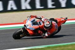 MUGELLO - ITALIË, 1 JUNI 2018: Spaanse Ducati-Teamruiter Jorge Lorenzo tijdens Kwalificerende zitting bij 2018 GP van Italië van  Royalty-vrije Stock Afbeeldingen