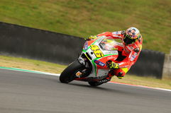 MUGELLO - ITALIA, EL 13 DE JULIO: Jinete Valentino Rossi de Ducati del italiano durante GP 2012 de TIM MotoGP de Italia el 13 de  Fotos de archivo