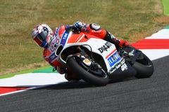 MUGELLO - ITALIA, EL 3 DE JUNIO: Jinete Andrea Dovizioso Win de Ducati del italiano el GP 2017 de OAKLEY MotoGP de Italia el 3 de Imagenes de archivo