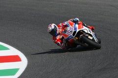 MUGELLO - ITALIA, EL 3 DE JUNIO: Jinete Andrea Dovizioso Win de Ducati del italiano el GP 2017 de OAKLEY MotoGP de Italia el 3 de Fotografía de archivo