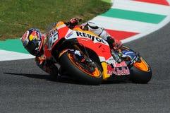 MUGELLO - ITALIA, EL 21 DE MAYO: Jinete Dani Pedrosa de Honda del español en TIM 2016 MotoGP de Italia en el circuito de Mugello Fotos de archivo libres de regalías