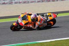 MUGELLO - ITALIA, EL 29 DE MAYO: Jinete Dani Pedrosa de Honda del español en TIM 2015 MotoGP de Italia en el circuito de Mugello Foto de archivo