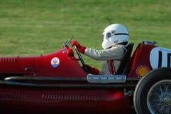 MUGELLO, ITALIA - 2007: El desconocido corre con los coches de Maserati Grand Prix del vintage en el circuito de Mugello en el ev fotos de archivo libres de regalías