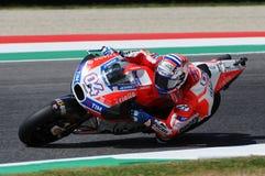 MUGELLO - ITALIA, IL 3 GIUGNO: Cavaliere Andrea Dovizioso Win di Ducati dell'italiano il GP di 2017 OAKLEY MotoGP dell'Italia il  Immagini Stock