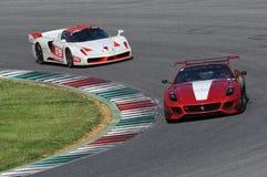 MUGELLO, ITALIA - MAGGIO 2017: Lo sconosciuto guida Ferrari 599XX durante XX i programmi dei giorni di corsa di Ferrari in circui Fotografia Stock