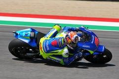 MUGELLO - ITALIA, MAJ 29: Hiszpańszczyzny Suzuki jeźdza indywidualista Vinales przy 2015 TIM MotoGP Włochy przy Mugello Obraz Royalty Free
