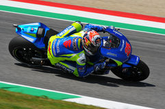 MUGELLO - ITALIA, MAJ 29: Hiszpańszczyzny Suzuki jeźdza indywidualista Vinales przy 2015 TIM MotoGP Włochy przy Mugello Fotografia Stock