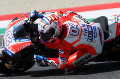 MUGELLO - ITALIE, LE 3 JUIN : Cavalier Andrea Dovizioso Win de Ducati d'Italien le généraliste de 2017 OAKLEY MotoGP de l'Italie  Images stock