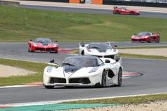 MUGELLO, ITALIE - 26 OCTOBRE 2017 : Ferrari FXX-K dans l'action pendant le Finali Mondiali Ferrrari 2017 - programmes XX au circu photo libre de droits