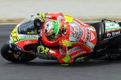 MUGELLO - ITALIEN, JULI 13: ItalienareDucati ryttare Valentino Rossi under TIM MotoGP GP 2012 av Italien på Juli 13, 2012 Arkivbild