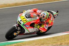 MUGELLO - ITALIEN, AM 13. JULI: Italiener Ducati-Reiter Valentino Rossi während TIM MotoGP GP 2012 von Italien am 13. Juli 2012 Lizenzfreies Stockbild