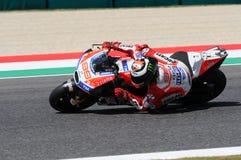 MUGELLO - ITALIEN, AM 3. JUNI: Spanisch Ducati-Reiter Jorge Lorenzo bei 2017 OAKLEY MotoGP GP von Italien bei Mugello umkreisen a lizenzfreie stockbilder