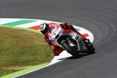 MUGELLO - ITALIEN, AM 3. JUNI: Spanisch Ducati-Reiter Jorge Lorenzo bei 2017 OAKLEY MotoGP GP von Italien bei Mugello umkreisen a stockfoto
