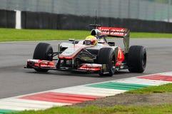 MUGELLO, ITALIEN - MAI 2012: Oliver Turvey von Team McLaren F1 läuft während der Formel 1-Team-Test-Tage an Mugello-Stromkreis im lizenzfreies stockfoto