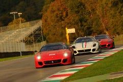 MUGELLO ITALIEN - NOVEMBER, 2013: Okändadrev Ferrari 599XX under XX program av Finali Mondiali Ferrari - Ferrari den tävlings- da Arkivfoto