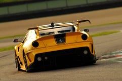 MUGELLO ITALIEN - NOVEMBER, 2013: Okändadrev Ferrari 599XX under XX program av Finali Mondiali Ferrari - Ferrari den tävlings- da Arkivbilder