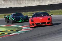 MUGELLO ITALIEN - OKTOBER 2017: Okändadrev Ferrari 599XX under XX program av Finali Mondiali Ferrari på den Mugello strömkretsen Arkivfoton