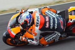 MUGELLO - 13. JULI: Casey Stoner von Team Repsol Honda läuft an qualifizierender Sitzung von Moto GP Grandprix von Italien am 13. Lizenzfreie Stockfotografie