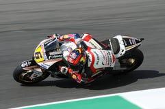 MUGELLO - 13 JULI: Stefan Bradle van het teamrassen van LCR Honda bij Kwalificerende Zitting van GP Grand Prix van Moto van Itali Royalty-vrije Stock Foto